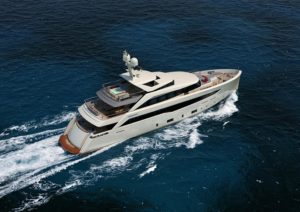 MondoMarine Launches First SF40 (2)