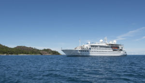 Crystal-Esprit-on-the-water