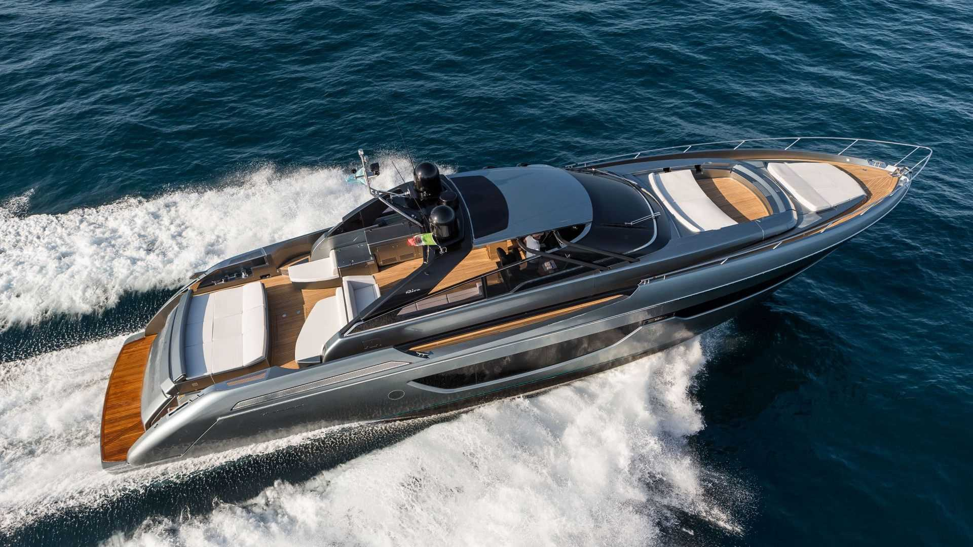 riva s new 76 bahamas awarded at the world yachts