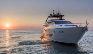 ferretti-yachts-850