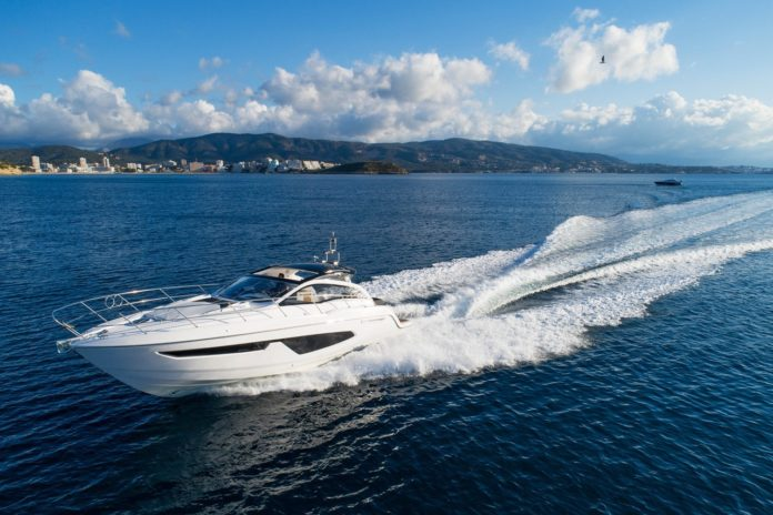 italian luxury boat