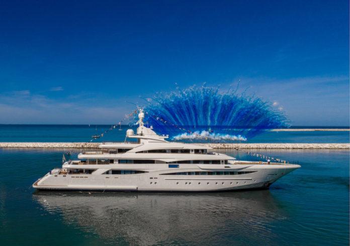 italian luxury yacht