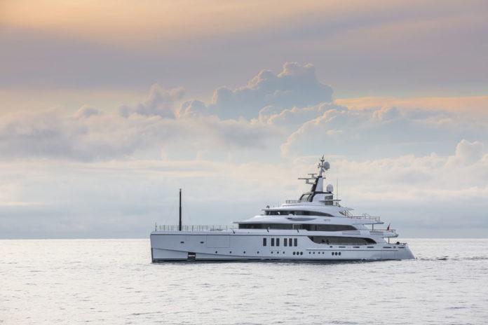 italian yacht benetti