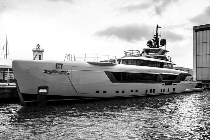 luxury italian yacht