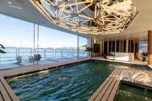 swimming pool on yacht benetti