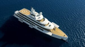 luxury giga yacht