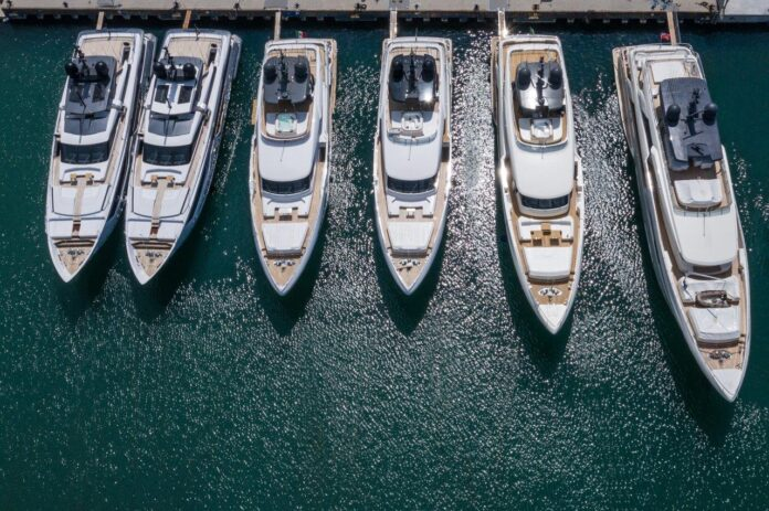 ferretti group yacht company