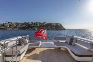 boatshow 2020 pearl yacht