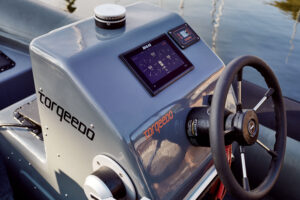 torquedo boat detail