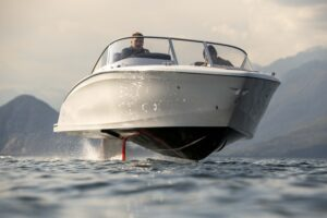 flying electric boats