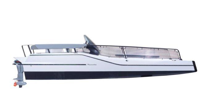 Frauscher electric catamaran