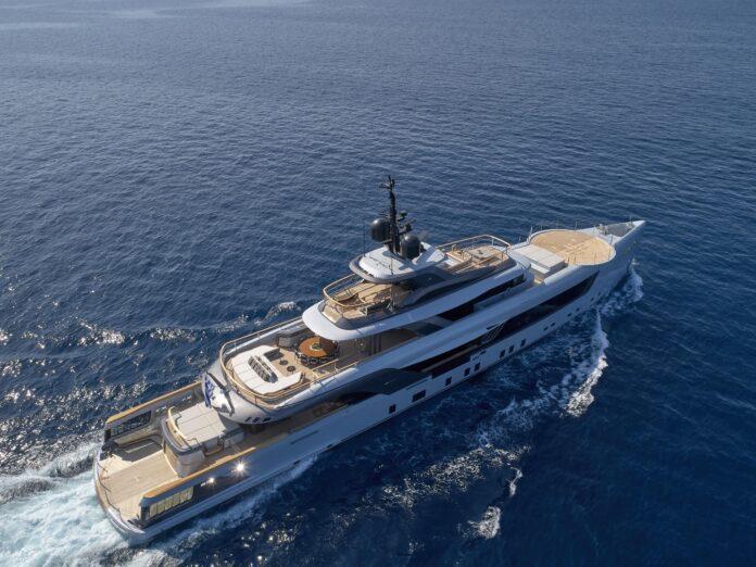 mega yacht geco admiral