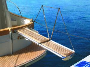 besenzoni yacht gangway