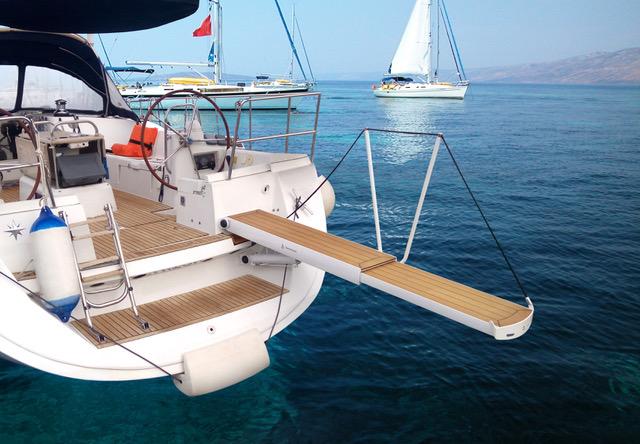 yacht passerelle